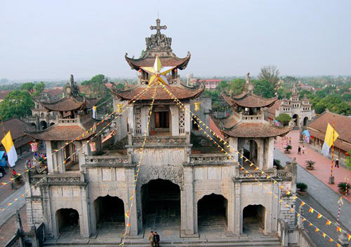 Đêm Noel lung linh ở nhà thờ đá Phát Diệm - 3