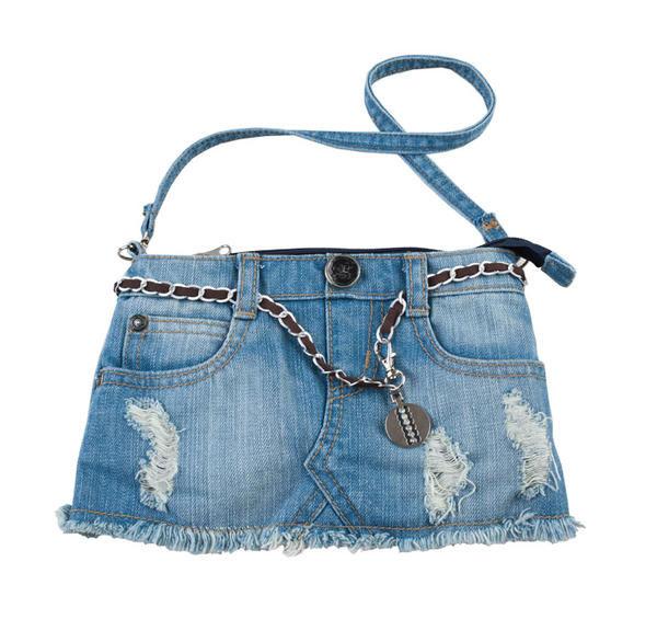 Chọn túi xách phù hợp với trang phục - 2