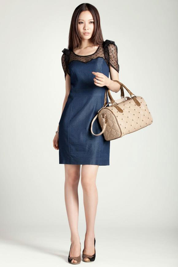 Chọn túi xách phù hợp với trang phục - 10