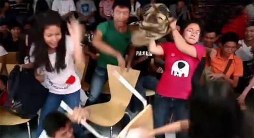 """Cười """"té ghế"""" với Giọng hát Thiệt - 2"""