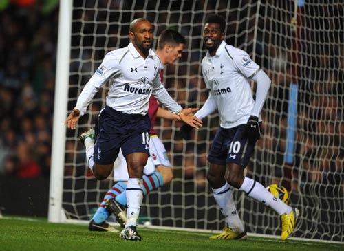 Aston Villa - Tottenham: Hiệp 2 bùng nổ - 1