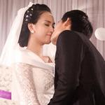Ngôi sao điện ảnh - Thanh Thức hôn Ái Phương ngọt ngào