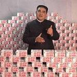 Tin tức trong ngày - Tỷ phú TQ khoe núi tiền nặng hơn tấn