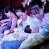 Từ 1/2013, lao động nữ nghỉ thai sản 6 tháng