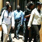 Tin tức trong ngày - Zimbabwe: Binh lính bị... phụ nữ cưỡng bức