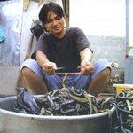 Tin tức trong ngày - Một lần thử đi chợ rắn