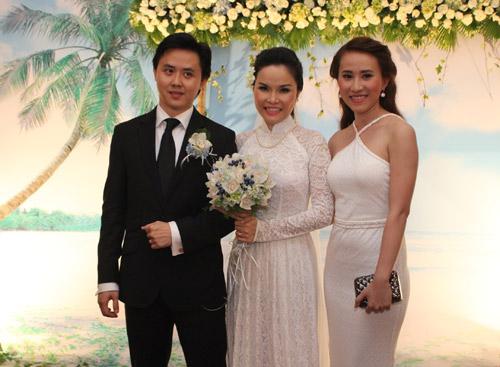 Thu Ngọc (Mây Trắng) rạng rỡ ngày cưới - 8