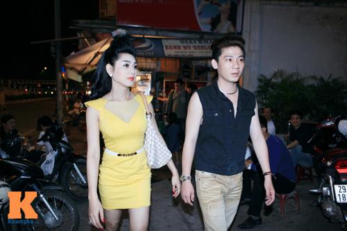 Lâm Chi Khanh và người yêu gây chú ý ở Hà Nội - 3