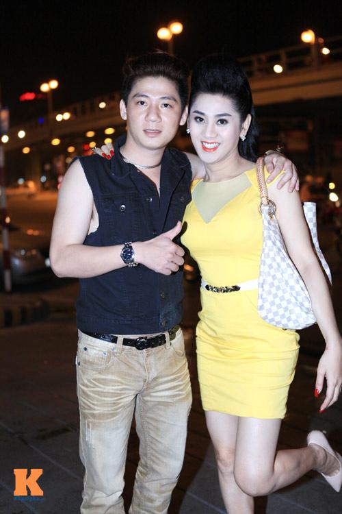 Lâm Chi Khanh và người yêu gây chú ý ở Hà Nội - 7