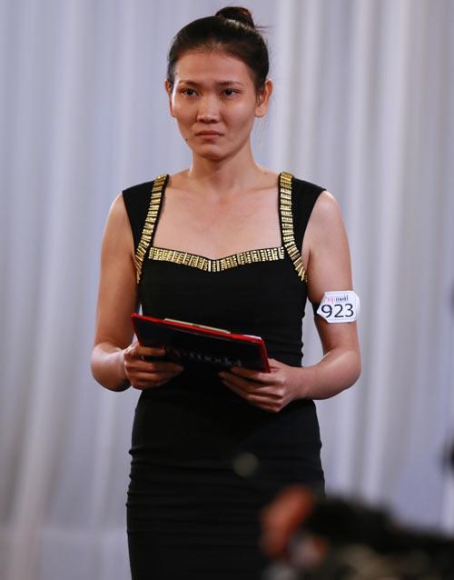 Siêu mẫu Thanh Hằng bị mắng té tát - 6