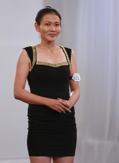 Siêu mẫu Thanh Hằng bị mắng té tát - 3