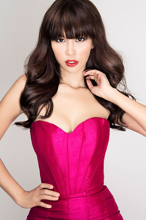 Hà Anh đồng hành cùng Miss Global - 1