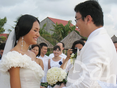 Muôn màu cảnh cưới hỏi của sao Việt - 1