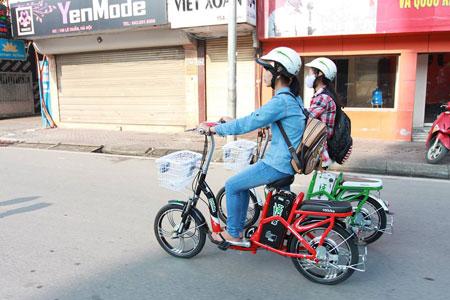 Phụ huynh lựa chọn xe đạp điện HKbike vì an toàn - 1