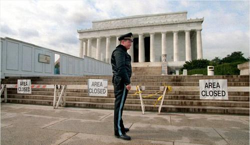 Điều gì xảy ra khi chính phủ Mỹ đóng cửa? - 2