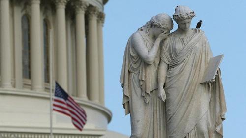 Điều gì xảy ra khi chính phủ Mỹ đóng cửa? - 1