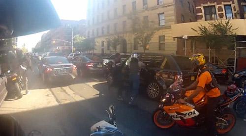 Mỹ: Đoàn mô-tô đuổi đánh xe Range Rover - 3