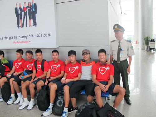 """U19 VN đi Malaysia để """"vươn ra biển lớn"""" - 7"""