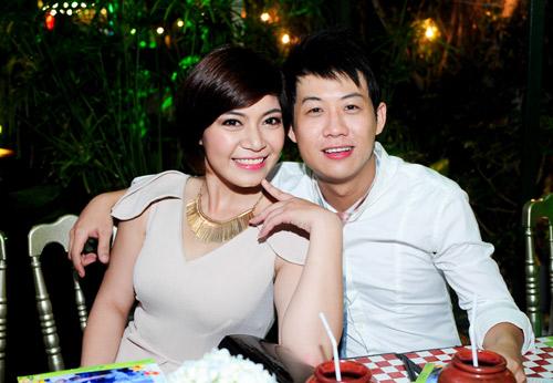 Vợ chồng Hà Hồ mừng sinh nhật Mr. Đàm - 18