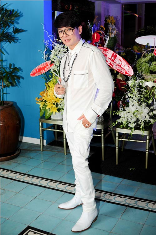 Vợ chồng Hà Hồ mừng sinh nhật Mr. Đàm - 14