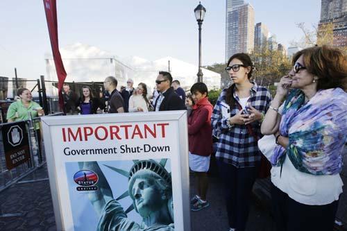 Phản ứng dân Mỹ ngày đầu chính phủ đóng cửa - 8
