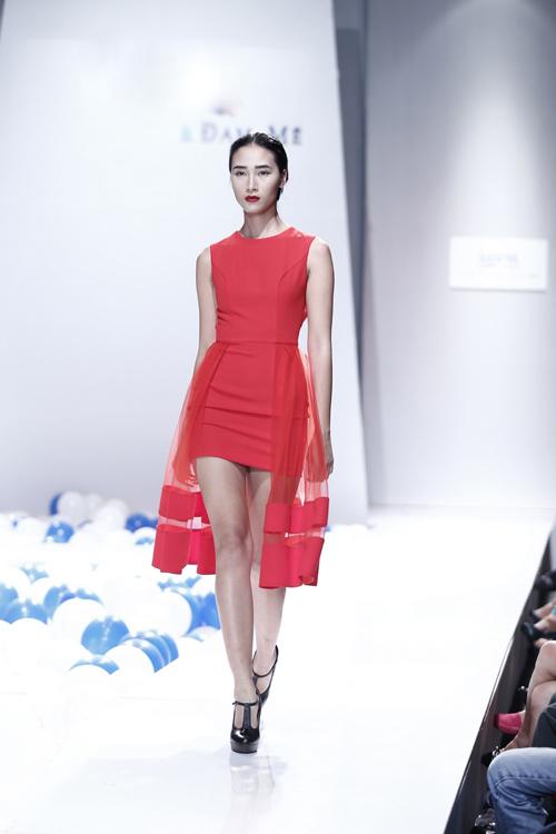 Huyền Trang, Hoàng Thùy, Trà My hội ngộ - 2