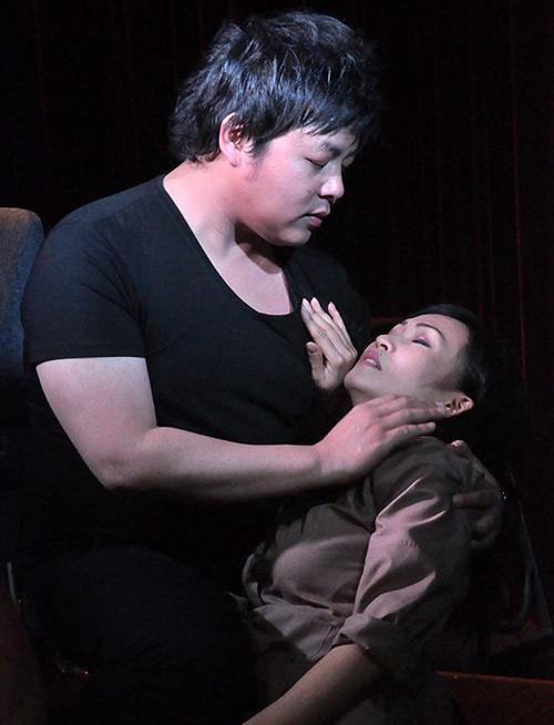 """Phương Thanh thử """"ngất"""" trong tay Quang Lê - 13"""