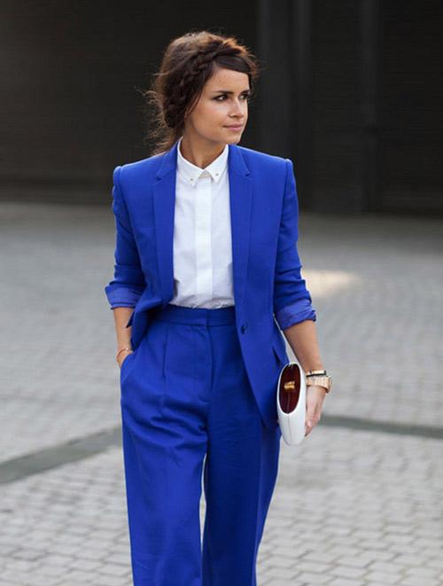 Mặc xanh cobalt thời thượng như các tín đồ - 6