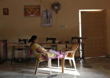 Bên trong trung tâm 'đẻ thuê' ở Ấn Độ - 3