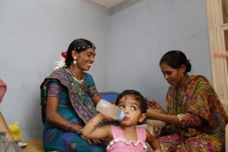 Bên trong trung tâm 'đẻ thuê' ở Ấn Độ - 6