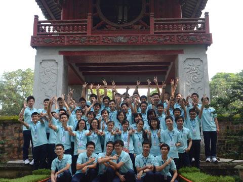 Tuyên dương 57 thủ khoa và HS đoạt giải Olympic - 8
