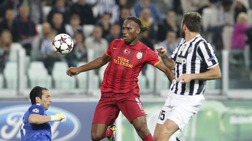 Juventus - Galatasaray: 10 phút khó tin - 1
