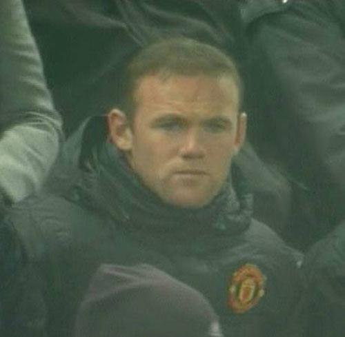 Moyes lý giải việc Rooney vắng mặt - 2