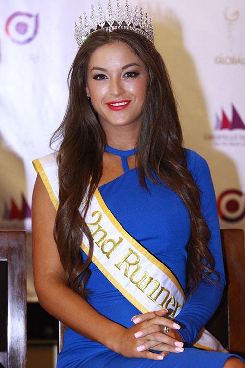 """Hà Anh """"lấn át"""" hoa hậu Miss Global - 8"""