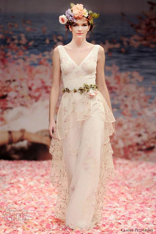 Ngắm vườn địa đàng trên váy cưới nàng - 1