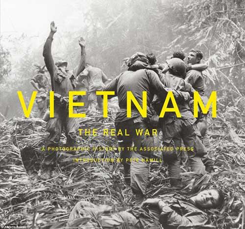 Công bố 300 bức ảnh thật nhất về chiến tranh VN - 1