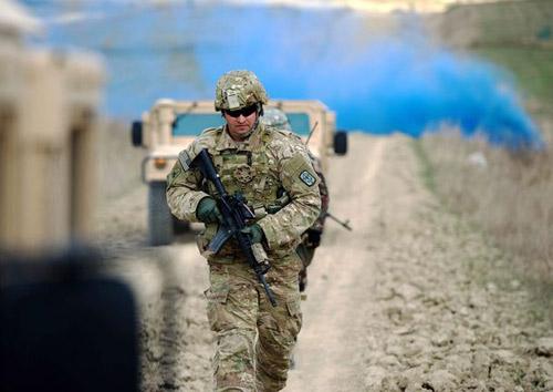 CP Mỹ đóng cửa: Quân đội yếu đi từng ngày - 2