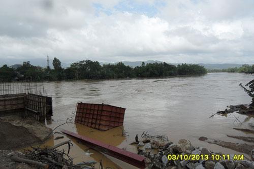 Quảng Nam: Lũ thủy điện bủa vây người dân - 2