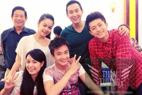 Hoàng Thùy Linh và 5 người đàn ông đặc biệt - 12