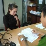 An ninh Xã hội - Giả danh cô giáo lừa lấy vàng học sinh