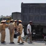 Tin tức trong ngày - Đâm vào xe tải đỗ bên đường, hai 9X chết thảm