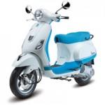 Ô tô - Xe máy - Vespa Bi-color điệu đà giá 67,5 triệu đồng