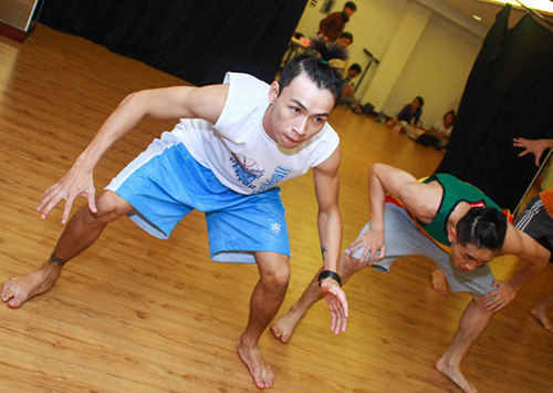 Đề tài đồng tính lên sân khấu Bước nhảy - 5