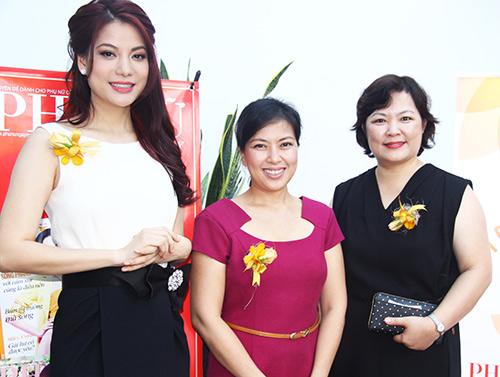 Trương Ngọc Ánh nhận giải Phụ nữ của năm - 4