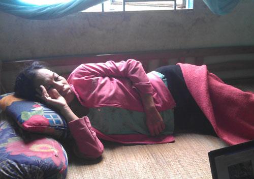 Bé gái bị chôn sống: Vì… đông con - 2