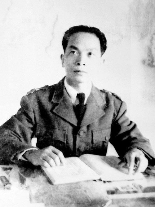 Những bức ảnh lịch sử về Đại tướng Võ Nguyên Giáp - 3