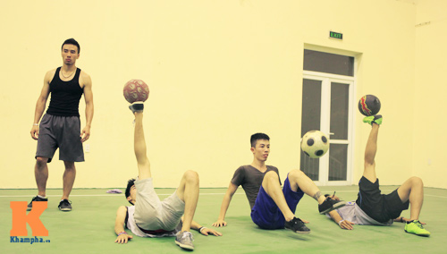 ATW khổ luyện chờ thử thách ở Hà Nội - 9
