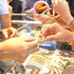 Tin tức trong ngày - Quảng Ninh: Đổ xăng tự thiêu tại tiệm vàng