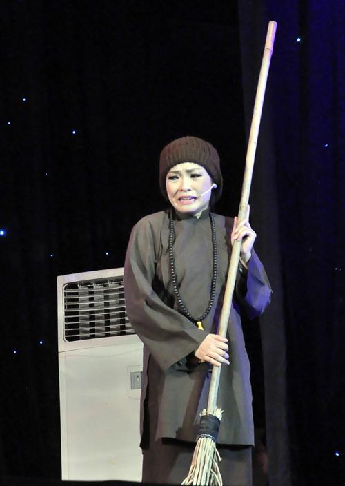 Phương Thanh nức nở bên Quang Lê - 9