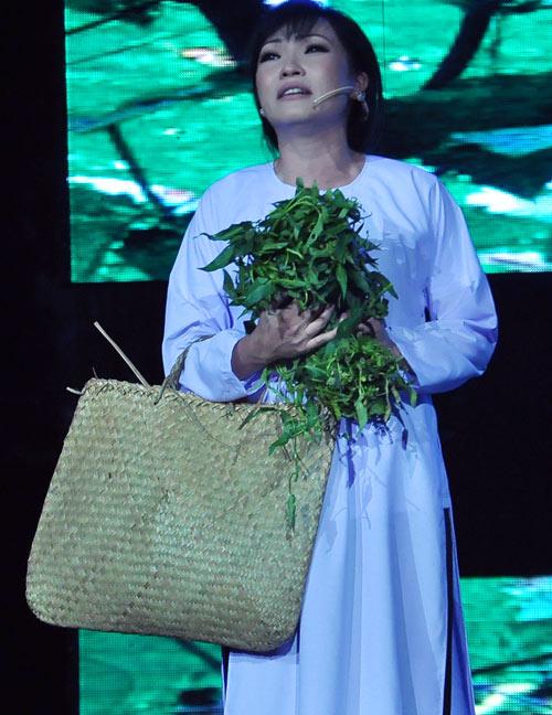 Phương Thanh nức nở bên Quang Lê - 3